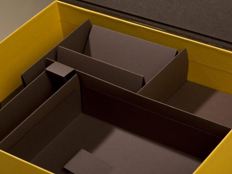 Cardboard inner packing